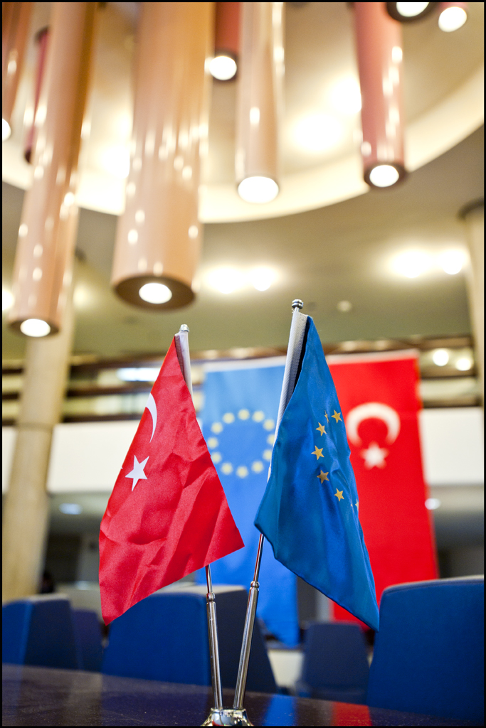 should turkey become the eu member The turkey-eu leaders' meeting will take place on march 26 in varna, bulgaria while the eu accession process for turkey is going nowhere, it can be said.