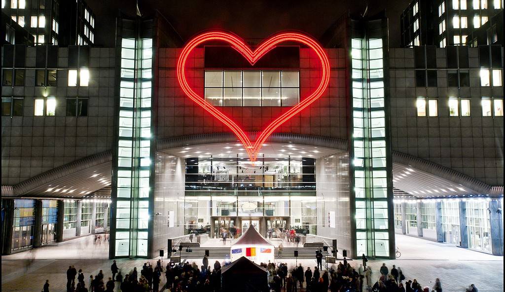 Heart illumination installation at the entrance to the European Parliament in Brussels, Spotlight Europe