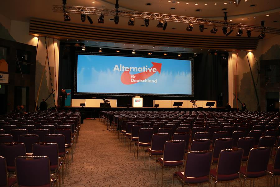 An empty conference room, Spotlight Europe