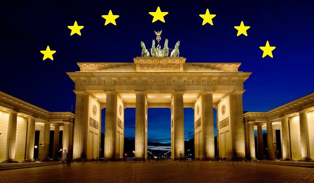 """""""Brandenburger Tor"""" in Berlin, Spotlight Europe"""